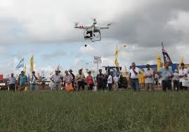 Los drones irrumpieron en el campo