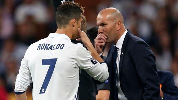 Ronaldo y Zidane, con sus historias