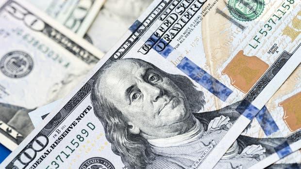 """Ya sin """"efecto PASO"""", el dólar sube"""