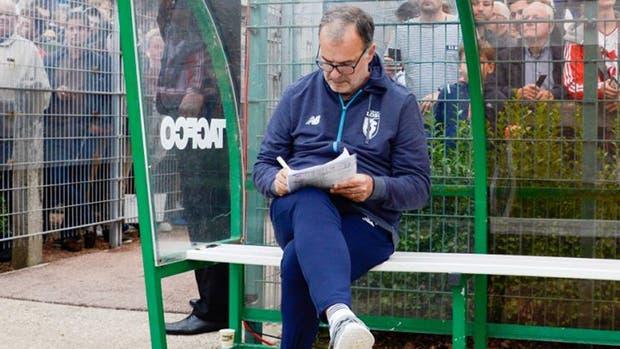 Bielsa espera su debut oficial el domingo ante Nantes