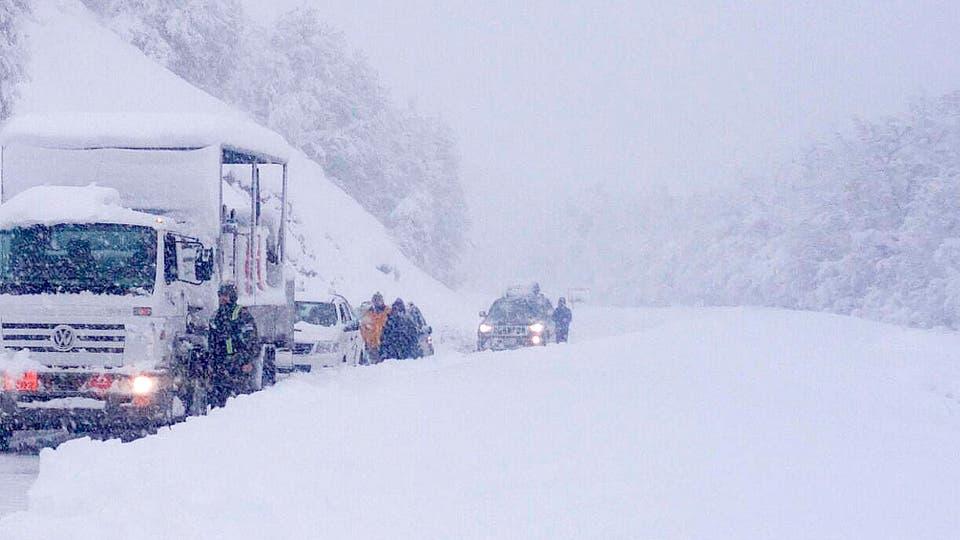 Varias rutas cortadas en Neuquen. Foto: Télam