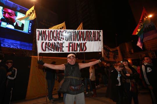 El apoyo de los militantes del FPV. Foto: LA NACION / Guadalupe Aizaga