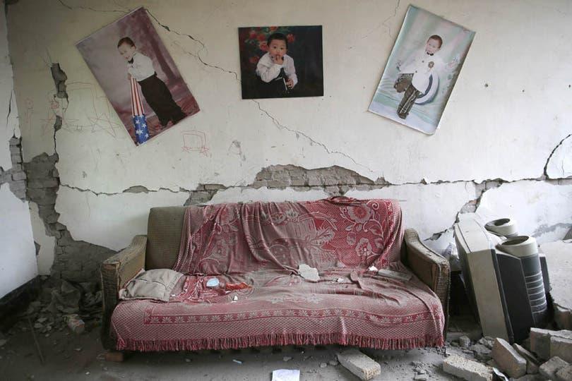 En las aldeas más dañadas casi todas las edificaciones de baja altura colapsaron por el temblor. Foto: EFE