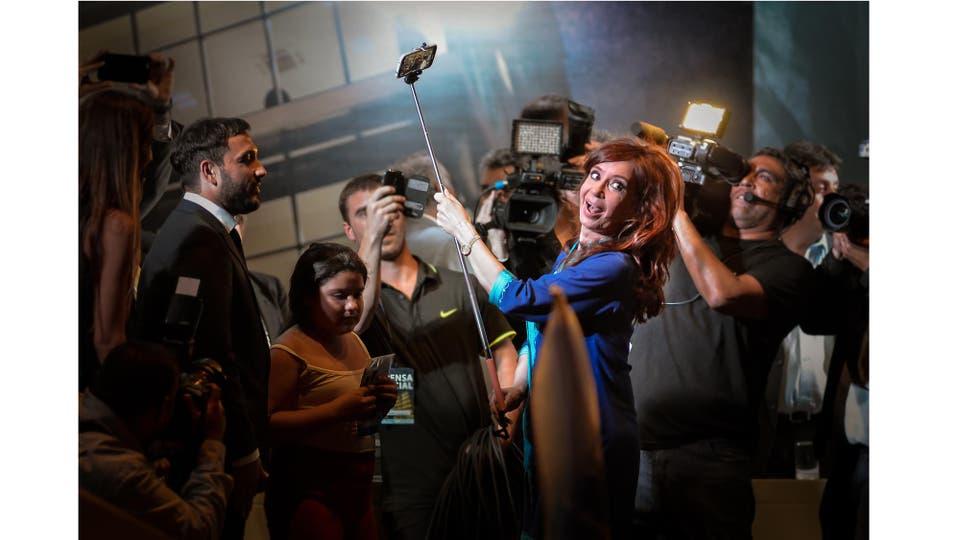 Cristina Fernández de Kirchner durante la inauguración de la nueva Municipalidad Inteligente del municipio de Berazategui, Pcia. de Buenos Airefebrero 2015. Foto: Pérez Re Fernando