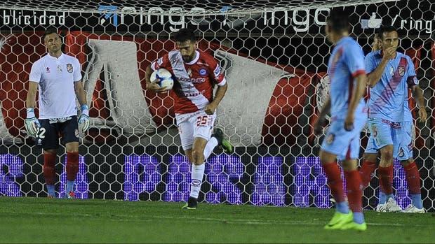 Argentinos y Arsenal, protagonistas del primer partido excluido del abono básico de cable