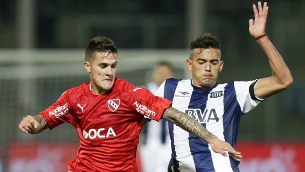 Fabricio Bustos, volante en las inferiores, lateral en Primera de Independiente