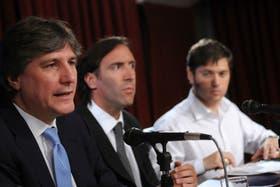 Boudou, Lorenzino y Kicillof, ayer, en la conferencia de prensa que dieron en el Ministerio de Economía
