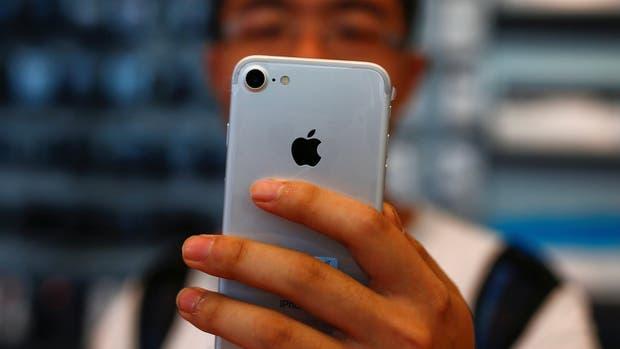 En abril las operadoras volverán a vender el iPhone en la Argentina
