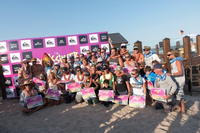 Todos los ganadores con sus premios, una imagen que simboliza el crecimiento