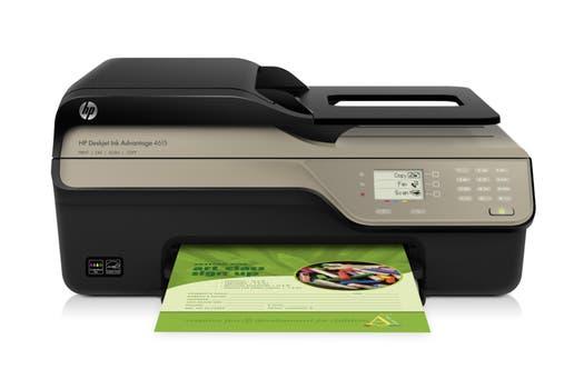 HP Advantage 4615: inyección de tinta multifunción, permite impresión, copia, escaneo y fax, con conexión USB.