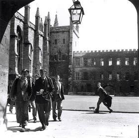 Imagen histórica de la Universidad de Oxford