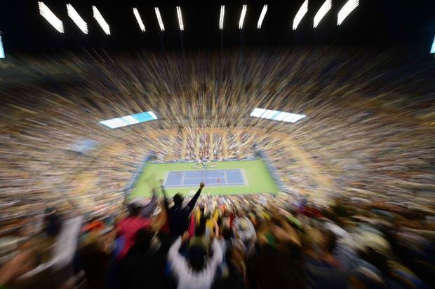 Gran postal del último partido del certamen entre Nadal y Djokovic.  Foto:AFP