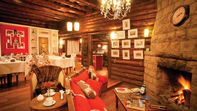Una casa de té encantadora espera en la hostería Arrayán