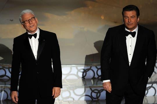 Steve Martin y Alec Baldwin, dos anfitriones con varios aciertos.. Foto: AFP