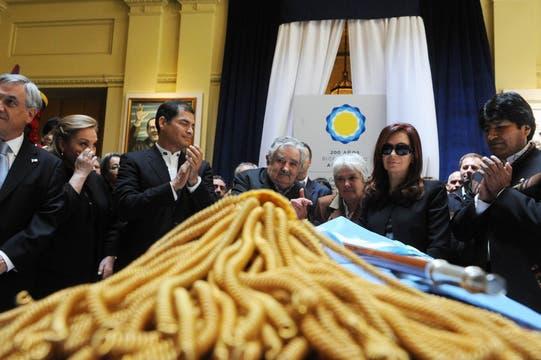 Cristina junto a Evo Morales, José Mujica, Rafael Correa y Sebatián Piñera. Foto: Presidencia de La Nación