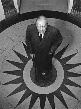"""Jorge Luis Borges: """"Me considero esencialmente un lector"""""""