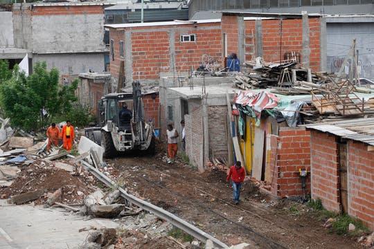 Los vecinos aseguran que seguirán protestando si su reclamo no es escuchado. Foto: LA NACION / Maxie Amena
