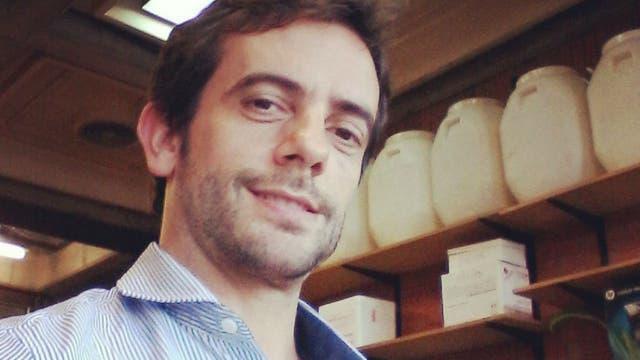 Matias Pandolfi tiene 39 años, es doctor en biología e investigador del CONICET