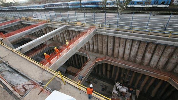La trinchera en Haedo por donde entrará la tuneladora