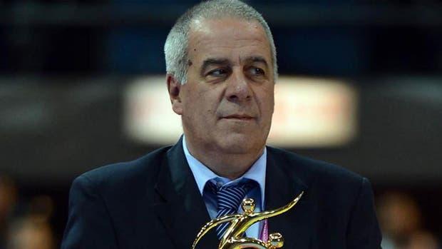 Fernando Mitjans, fuera de la FIFA