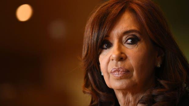 La iniciativa insta a candidatos como Cristina Kirchner a que presenten sus declaraciones juradas.