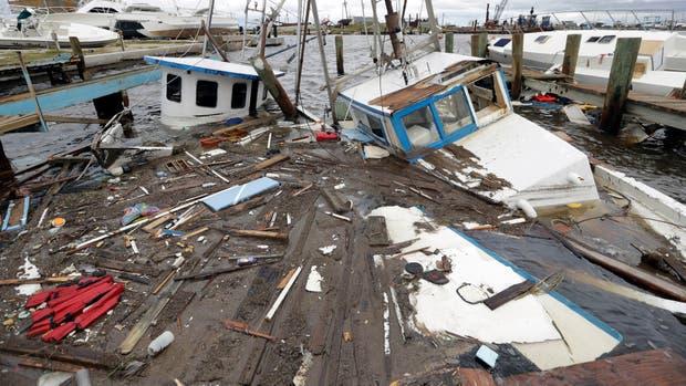 Las agencias federales de Estados Unidos, autoridades estatales y locales, organizaciones civiles y voluntarios buscaban terminar de construir a una inédita operación de rescate y contención por la devastación sembrada por el huracán Harvey