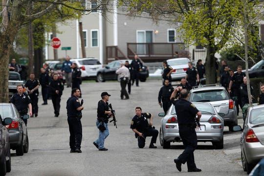 La persecución lleva ya varias horas; la búsqueda amplía el radio de acción en vez de acotarlo. Foto: Reuters