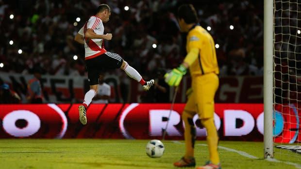 Lucas Alario fue el dueño del gol en River