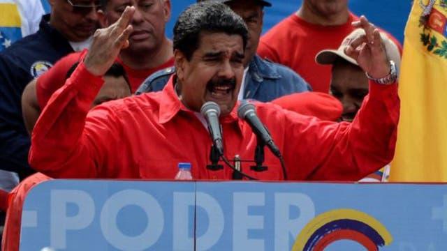 Nicolás Maduro amenazó con disolver la Asamblea legislativa tras la Constituyente.