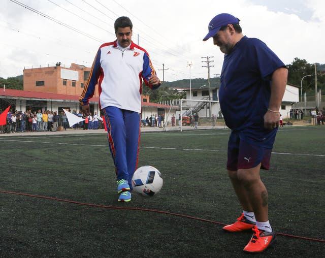 Maduro y Maradona, chavista declarado, juntos esta semana en Caracas