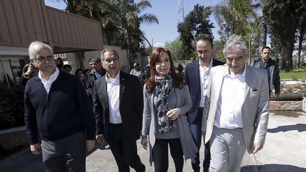 La ex presidenta recorrió Ituzaingó, con Taiana y el intendente Descalzo