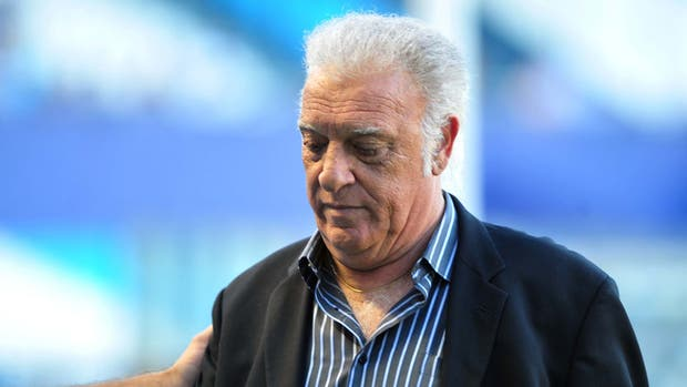 Alfio Basile sufrió un ACV isquémico y debió ser internado en observación
