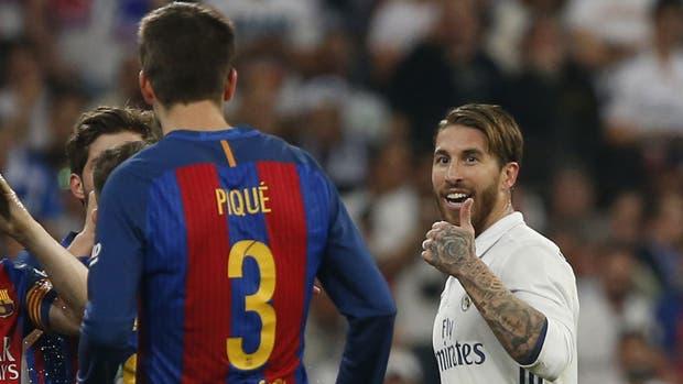 El cruce entre Piqué y Ramos