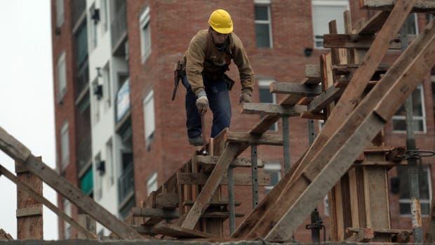 Indec: en septiembre creció 2,3% la industria y 13,4% la construcción