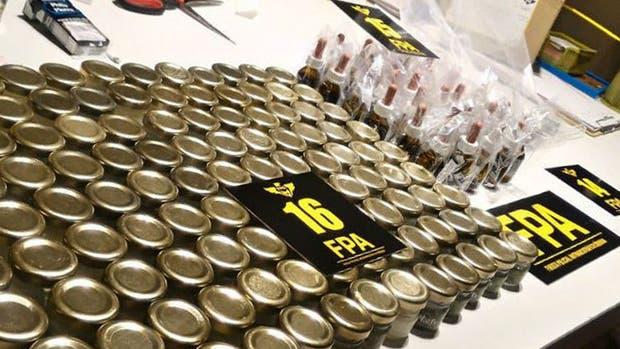 Cada frasco de aceite de cannabis se comercializaba en Córdoba a $1500
