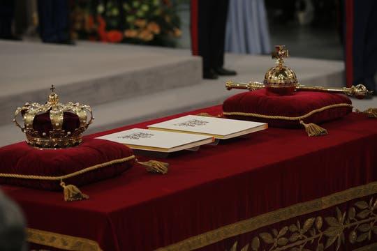 Juramento e investidura del rey en la sesión de apertura de las dos cámaras de los Estados Generales en la Iglesia Nieuwe Kerk. Foto: AFP