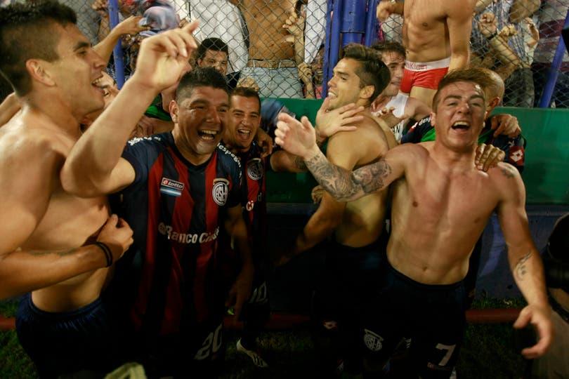 San Lorenzo campeón en la última fecha. Foto: LA NACION / Fabián Marelli