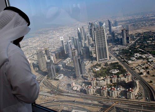 Con 160 pisos, 800 metros de altura y visible a 95 km. de distancia quedó inaugurada la torre Burj Dubai.. Foto: EFE