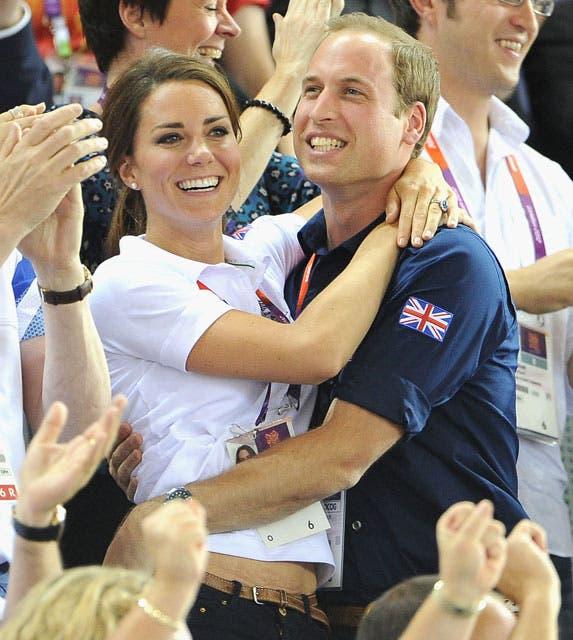 Los príncipes festejan una de las medallas de oro obtenidas por el Reino Unido. Nuevamente se abrazan efusivamente en público. Foto: /Getty Images