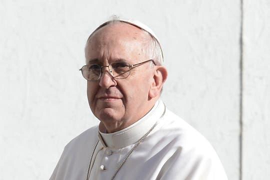 O más serio, Francisco transmite mucho con sus expresiones. Foto: AFP
