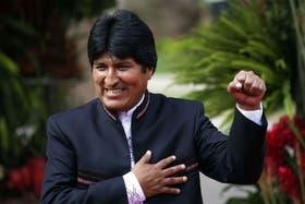 Morales llegó a asegurar que la consulta al Constitucional era innecesaria y ha aceptado en numerosas ocasiones ser proclamado por sus seguidores.