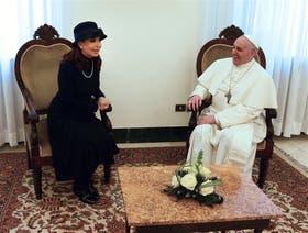 El 19 de marzo, Cristina Kirchner y Bergoglio, ya convertido en Papa, se vieron en Roma; los contactos nunca se interrumpieron desde ese día
