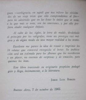 Parte del fragmento del texto que escribió Borges como prólogo a los relatos que fueron recopilados por Bergoglio