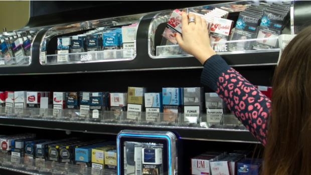 Desde este lunes, fumar en Tucumán será más caro