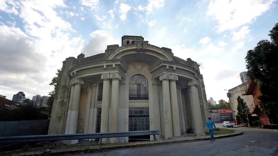 Abandono y peligro en el único edificio que queda en pie de los festejos de 1910. Foto: LA NACION / Marcelo Gómez