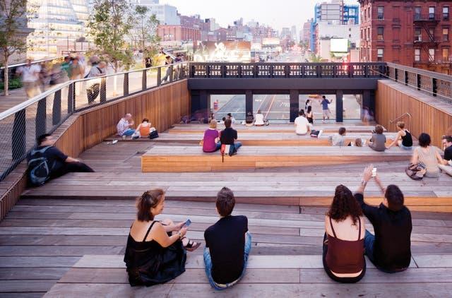 El High Line, el espacio verde creado sobre vías abandonadas en Manhattan