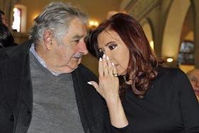 El País cuestionó la relación entre la Argentina y Uruguay