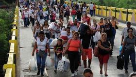 En total, 35 mil venezolanos cruzaron la frontera