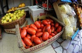 Actualmente hay tomates y su precio no se disparó
