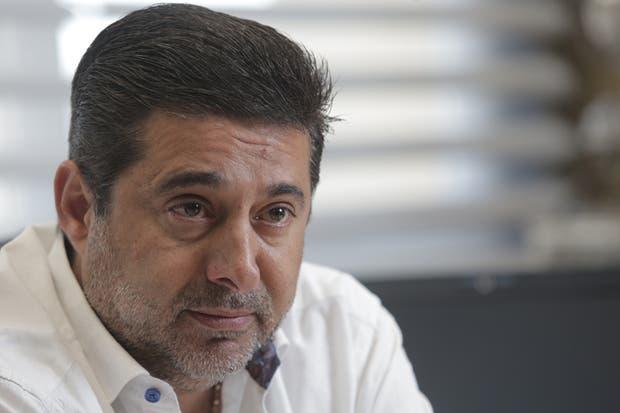 Angelici, vicepresidente de AFA, viajará a Sevilla